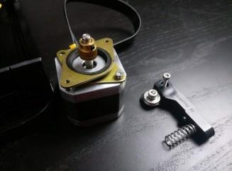 stepper_motor_dampers_extruder_assembled