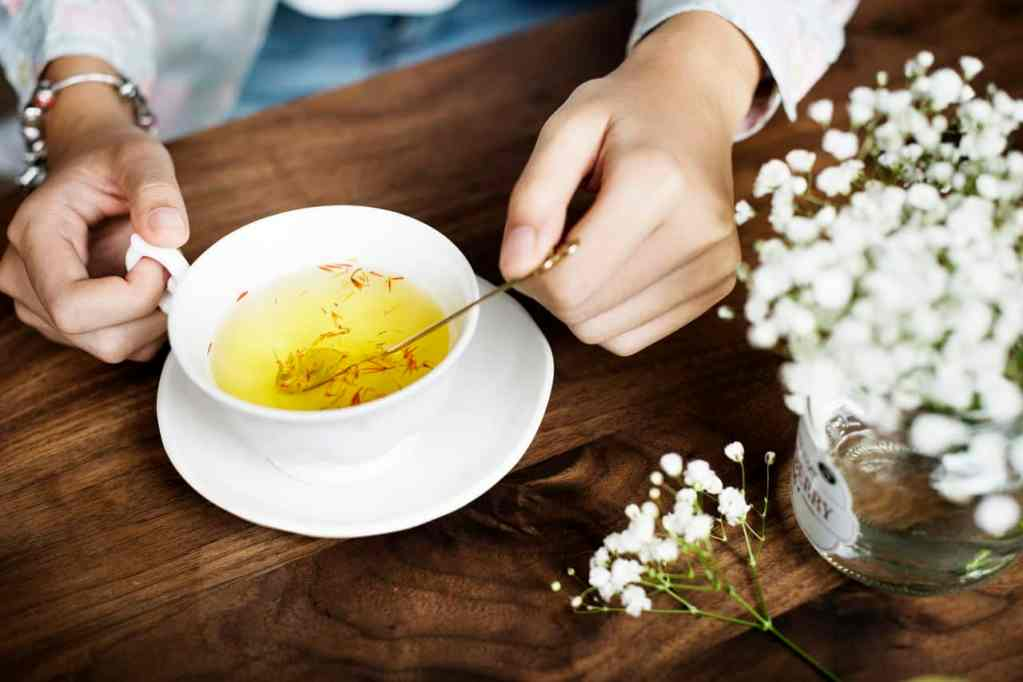 Drinking Green Tea for Brain Power: 5 Things You Need to Know