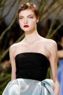 Christian_Dior_Haute_Couture_Spring_2013_2