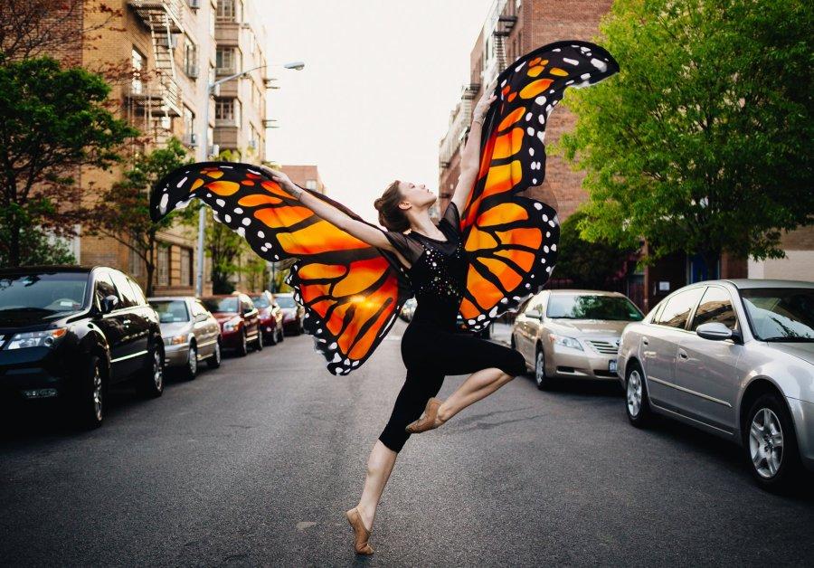 Dance of Life with Gwynedd Vetter-Drusch in FringeNYC 2016. Photo: James Jim