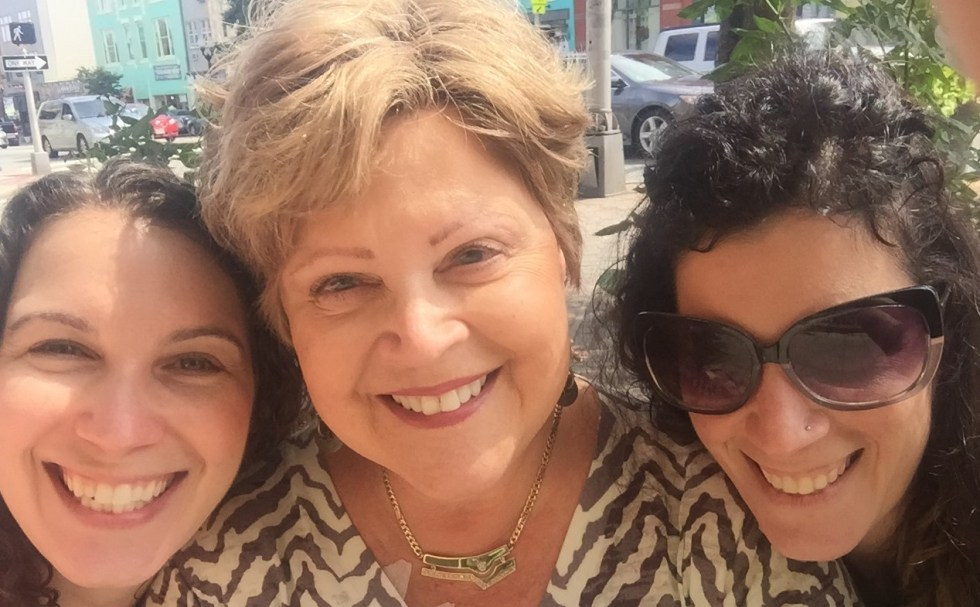 Pancreatic cancer patient Rona Greenberg and her daughters