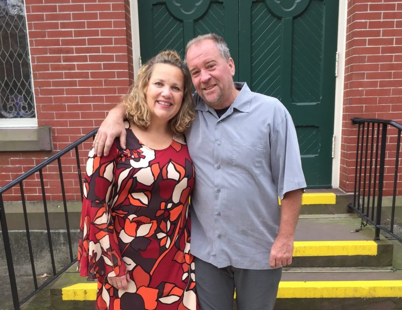 Pancreatic cancer survivor Lora Kelly and her husband