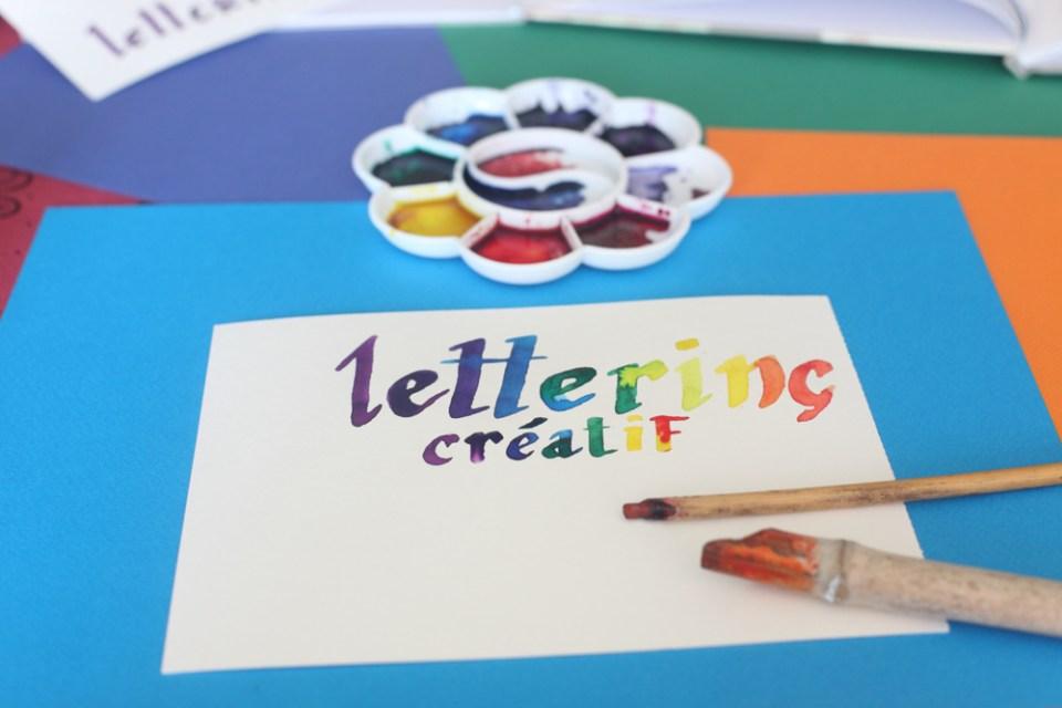 Lettering créatif au calame