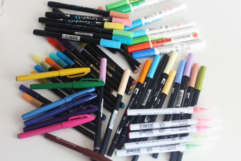 collection de feutres pour brushlettering