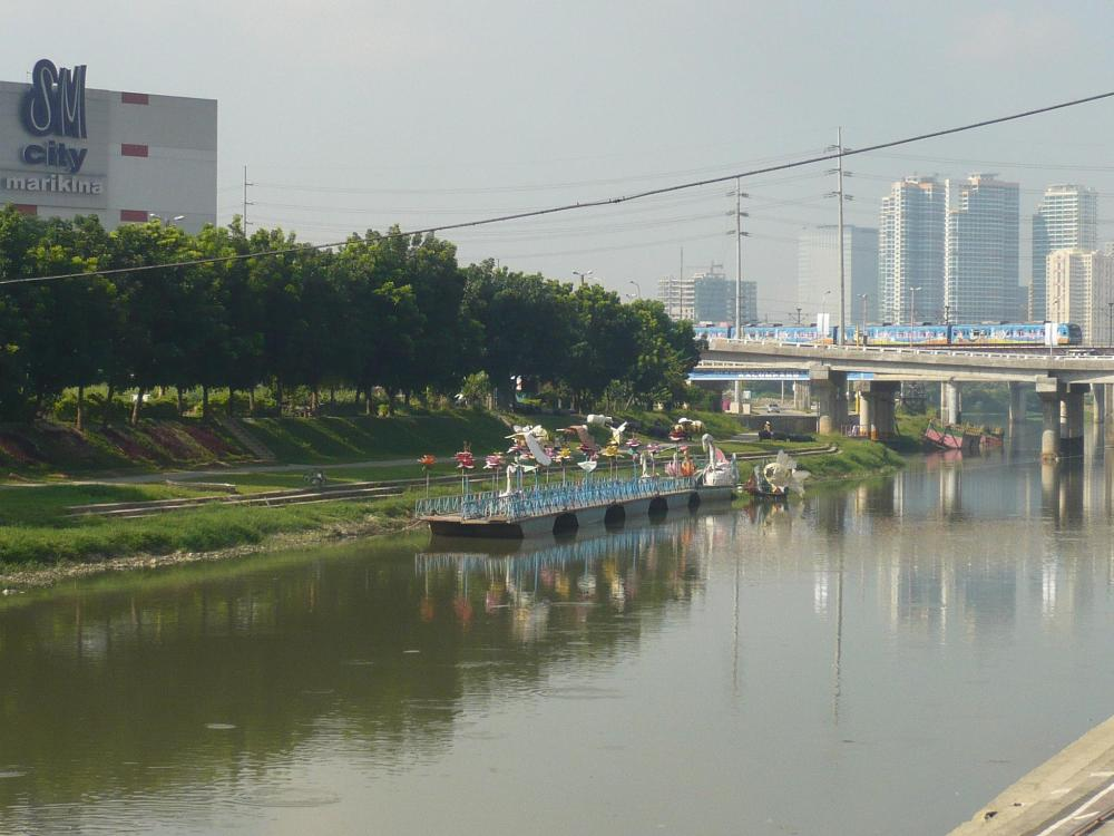 Sidetrip:  Marikina City Riverbanks (2/5)