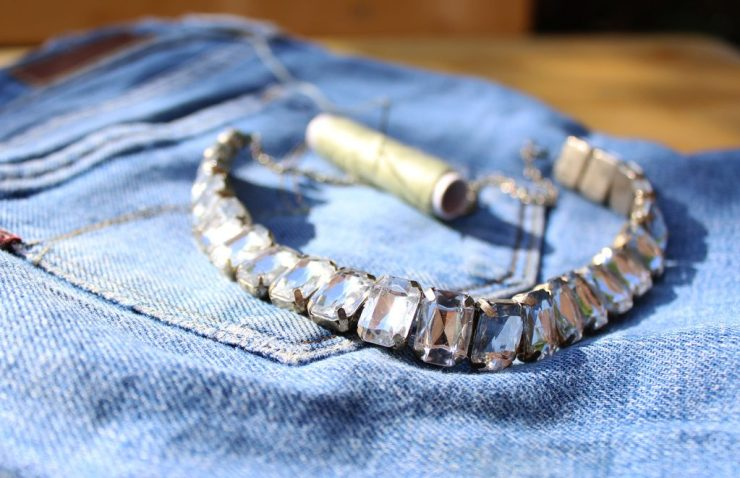 letters&beads_Jeans-strass-diy
