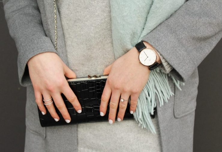 letters&beads-fashion-oversized-lagenlook-in-grau-schattierungen_great-detail