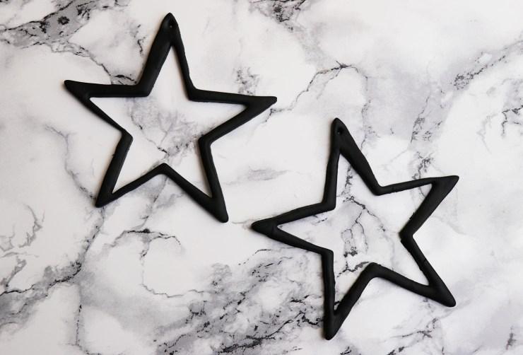 letters-and-beads-diy-accessoires-schmuck-sternen-ohrringe-fimo-ausstechen-gebacken-weihnachtlich