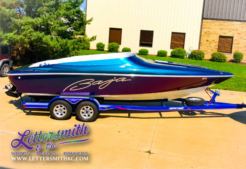 custom boat wraps