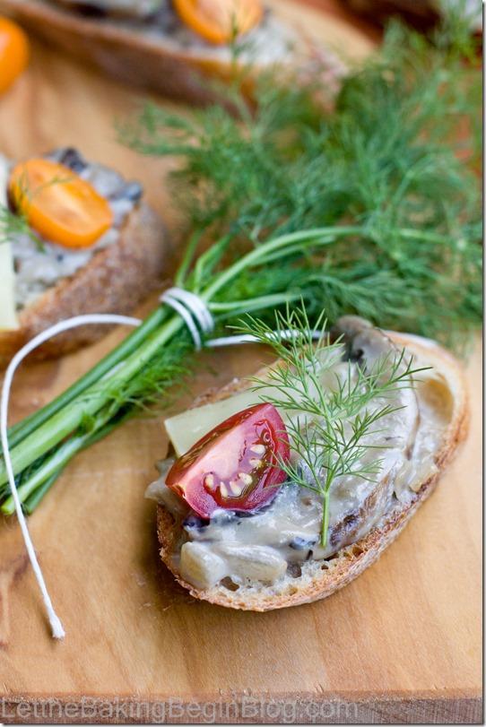 Portobello & Brie Crostini