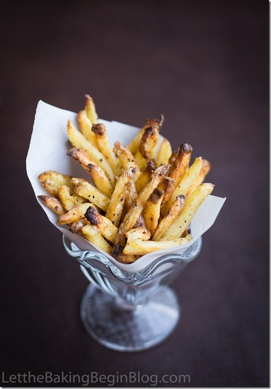 Oven Baked Fries are the same potato bites, without all the guilt that comes with it. They are made with minimal amount of oil, then baked in the oven for crispiness. You'll love the flavor and the reduced calorie content of these!