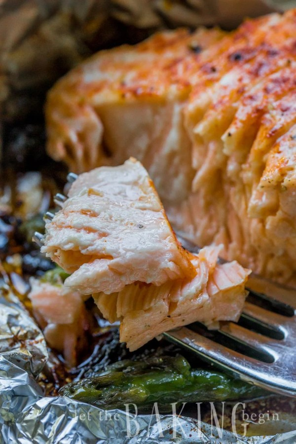 Salmon Asparagus Foil Packets Let The Baking Begin