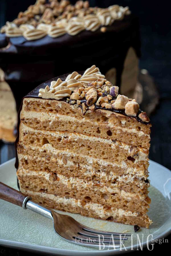Slice of an eight-layer cake made with dulce de leche.