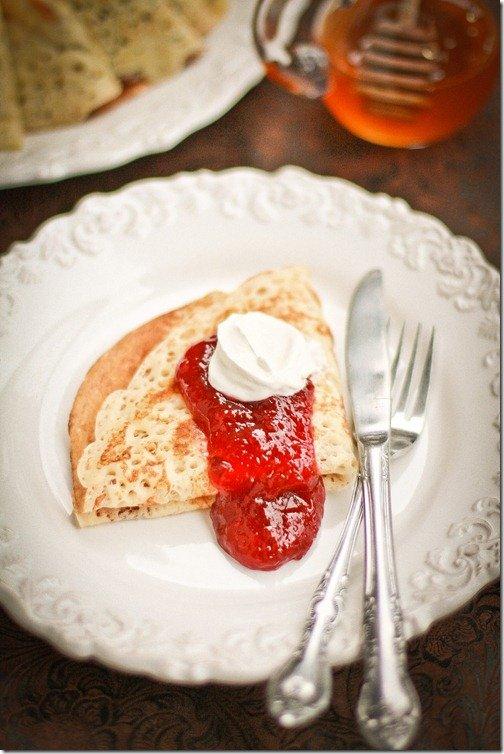 Russian Yeast Blinis   By LeTheBakingBeginBlog.com   @Lettthebakingbn