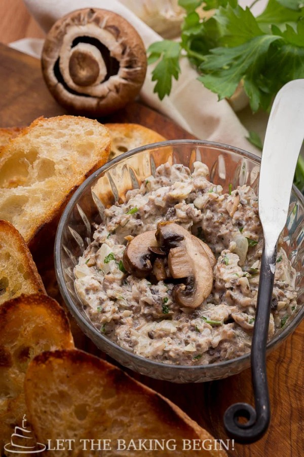 Toasted Pine Nut & Portobello Mushroom Appetizer - Want to fancy up your appetizer selection? Go for this crispy buttered baguette topped with a delicious spread of sauteed mushrooms, caramelized onions, toasted pine nuts, garlic and a splash of wine for good measure! @ LetTheBakingBeginBlog.com