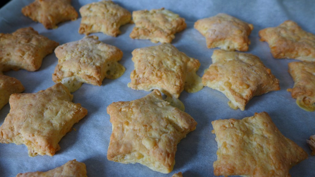 Easy Cheese Biscuits – Toddler Approved