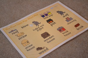 3 pigs word mat