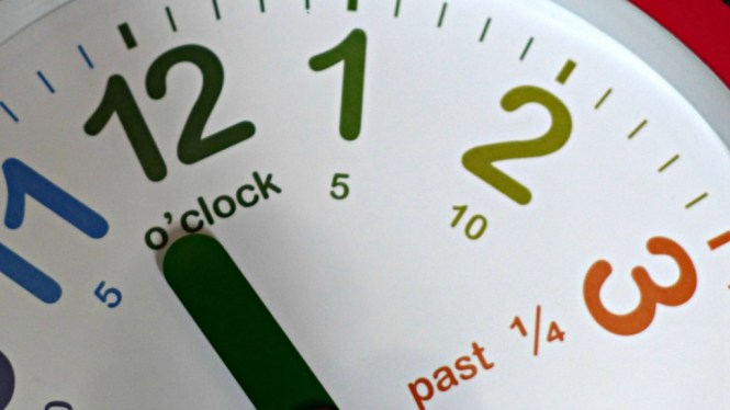 teaching clock from room to grow