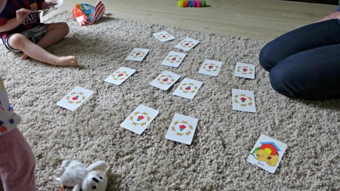 playing pairs