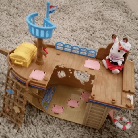 Sylvanian families treasure ship