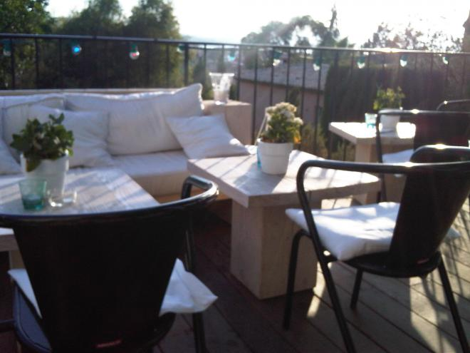 The newly-refurbished terrace of the Hôtel Ermitage...