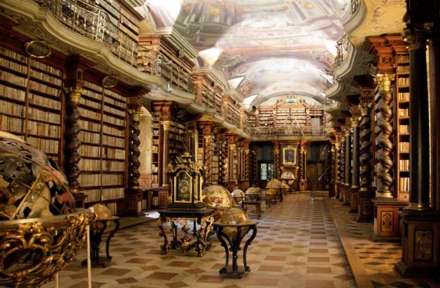 Klementinum, Praga: biblioteca barocca