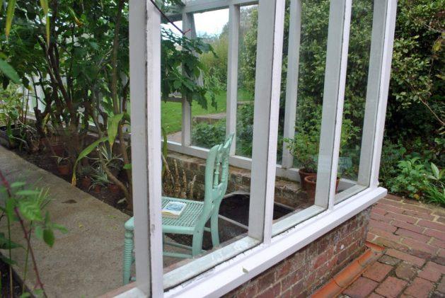 Monk's House, Rodmell, Virginia Woolf: particolare della veranda