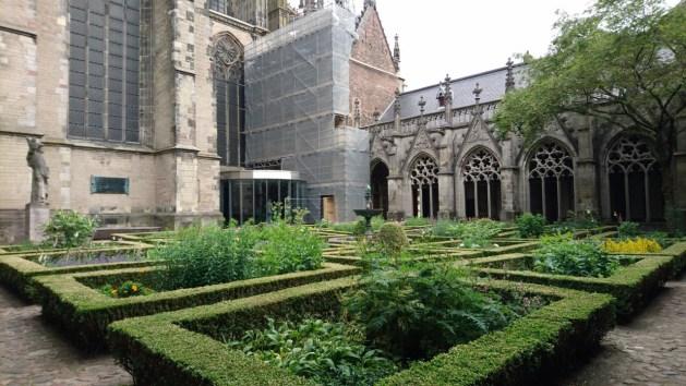 Utrecht, città della letteratura Unesco | Duomo, chiostro