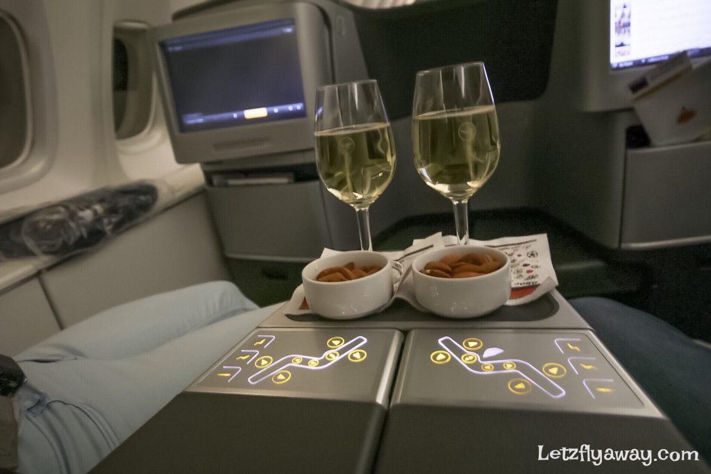 Lufthansa Business Class Boeing 747 8 Upper Deck Flight