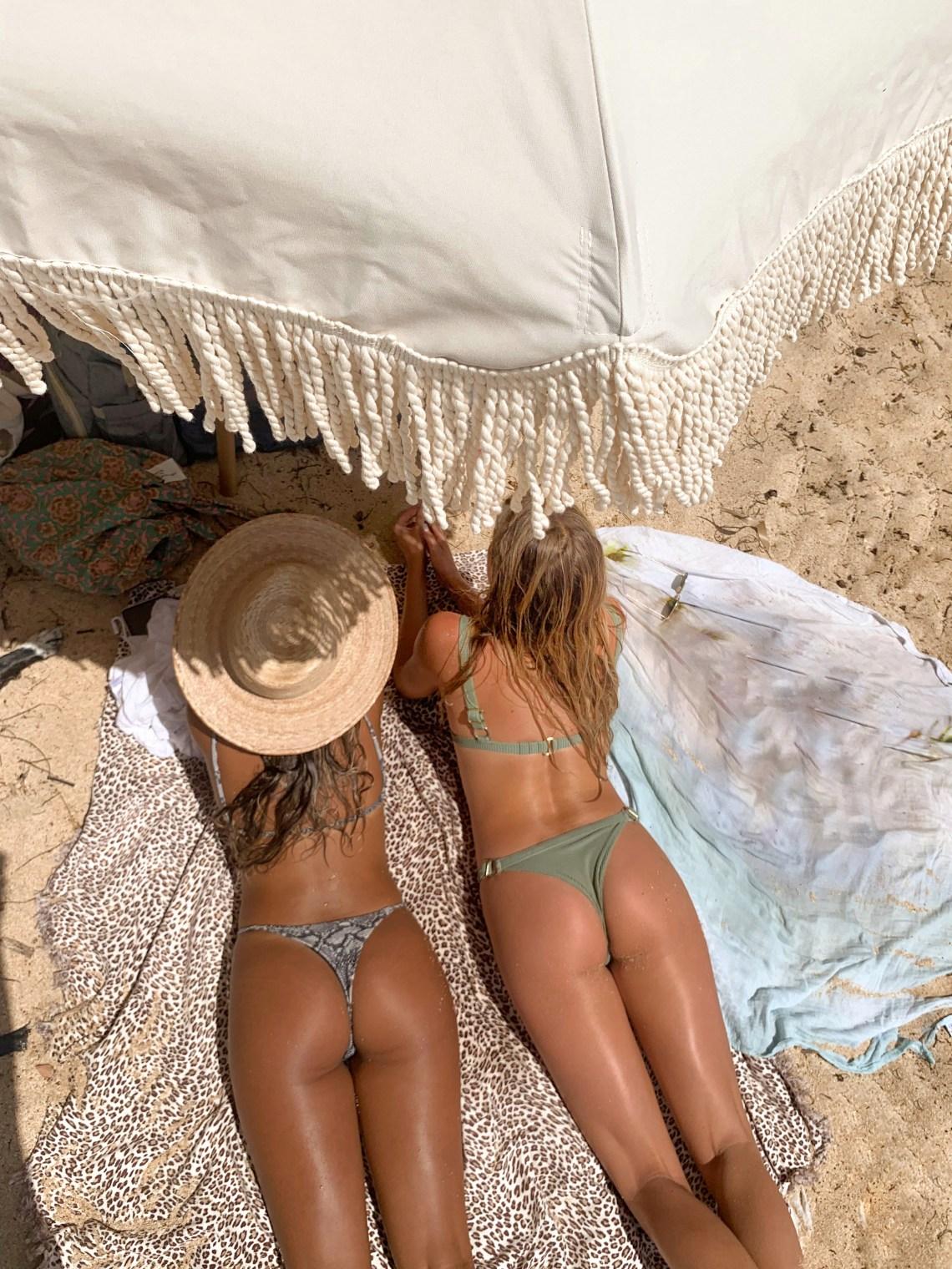 tanning tips - best beach umbrella -coconut girl aesthetic hawaii