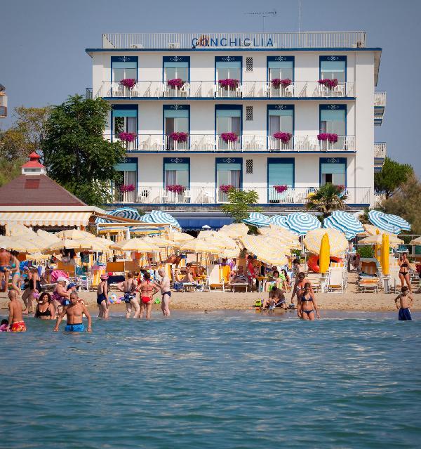 Hotel 3 stelle fronte mare Conchiglia