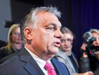 epa07150093 Prime Minister of Hungary Viktor Orban speaks to journalists during the 23rd European People's Party (EPP) Congress in Helsinki, Finland, 08 November 2018. European conservative centre-right parties gathered in Helsinki on 07 and 08 November, to elect the lead candidate for the next European elections that will take place from 23 to 26 May 2019. Top candidates are German MEP Manfred Weber and Finland's former Prime Minister Alexander Stubb. EPA/KIMMO BRANDT