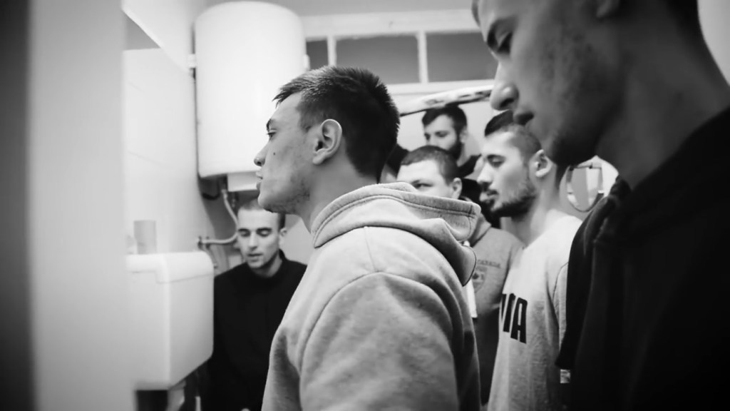 "Leutar.net SLOBODNI INTERVJU: ""Država banana, mito i korupcija"", REP sastav ""02S5"""