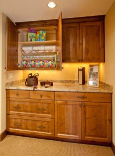 Enhanced-Italian-Traditional butler pantry