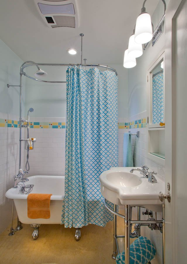 Retro-Transitional bathroom concept for guest