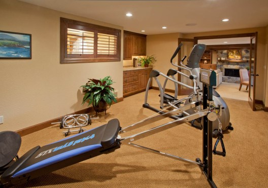 Traditional-Italian exercise room renovation