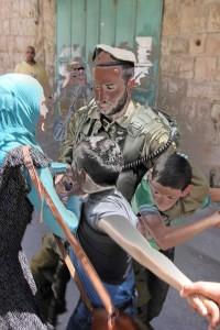 IDF arresting children