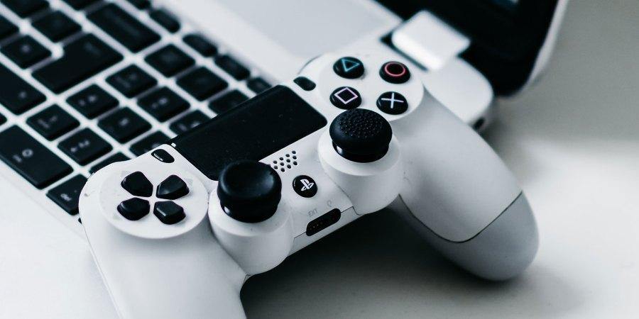 Теперь вы можете играть в игры PS4 на вашем iPhone