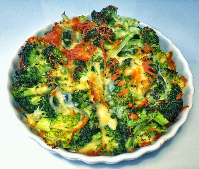 Ovnbagt ostegratineret broccoli med olivenolie og havsalt LCHF/Low-Carb