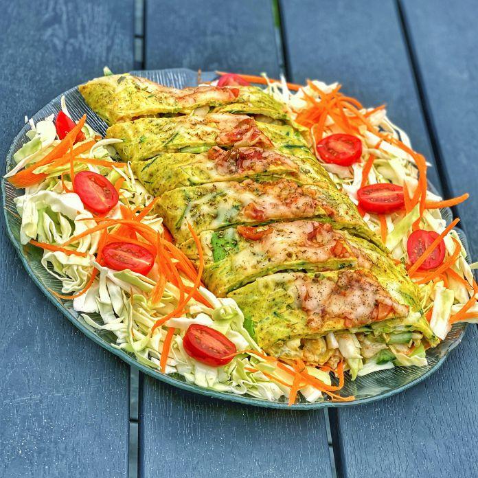 Squash-Calzone | Squashrulle med kylling, spidskål, tomat og parmesanost