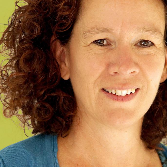 Podcast levend verlies met Tanja van Roosmalen, orthopedagoog en rouw- en verliestherapeut