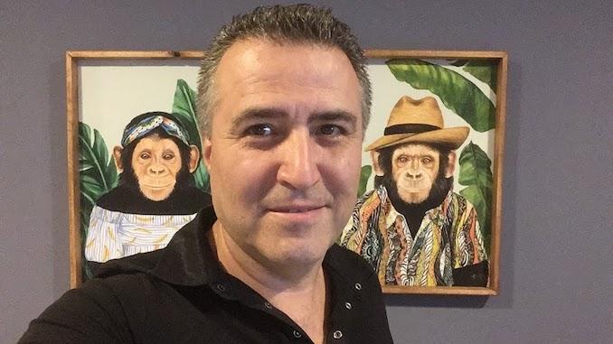Levent Özen - Maymunlar