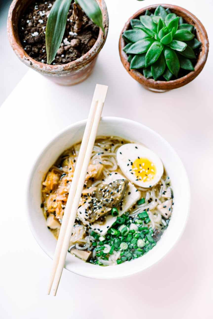 Whole30 Hot or Cold Tantanmen Ramen Soup