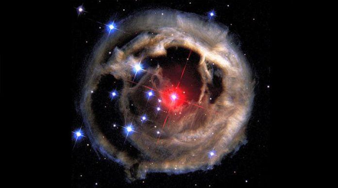 red nova Cygnus KIC 9832227 V838 Monocerotis explosion type-2
