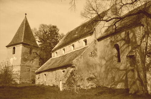 Biserica fortificata Roșia