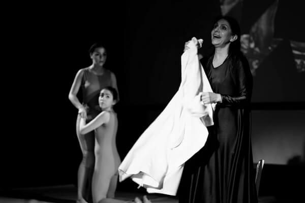 Imagine din spectacolul Fugato labile pour Camille Claudel Foto Steluța Popescu