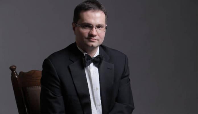 Toma Popovici - piano pianist roman