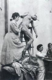 camille claudel sculptand