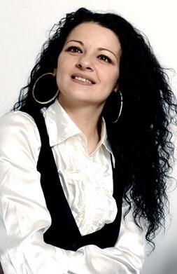 Pilar Diaz Romero flamenco