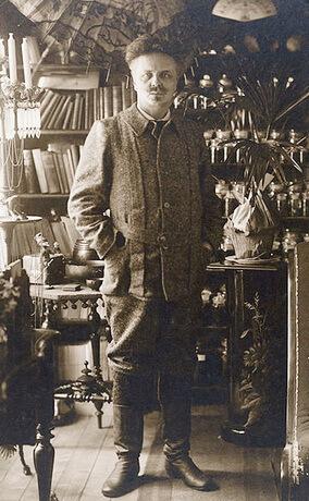 August-Strindberg-in-1897